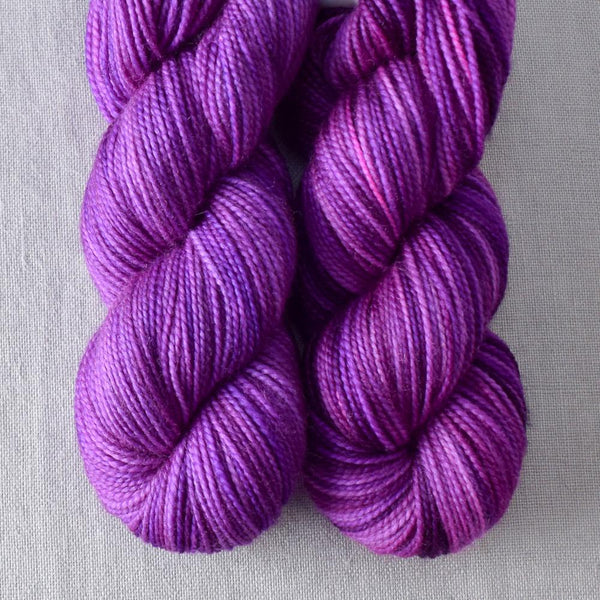 Impatiens - Miss Babs 2-Ply Toes yarn