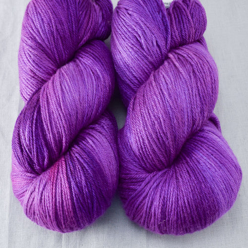 Impatiens - Miss Babs Big Silk yarn