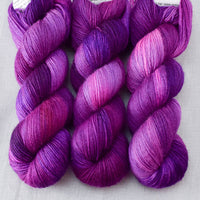 Impatiens - Miss Babs Katahdin 437 Yarn