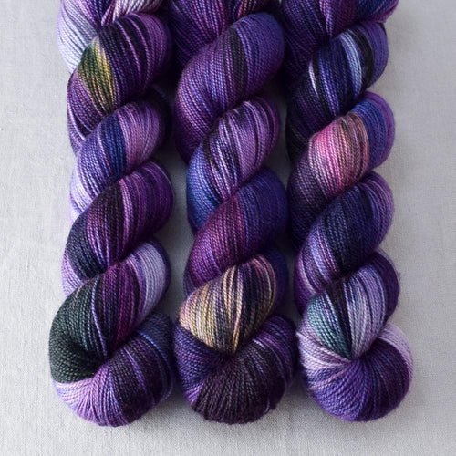 Irises - Miss Babs Yummy 2-Ply yarn