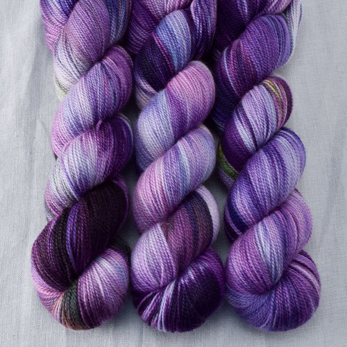 Irises - Miss Babs Caroline yarn