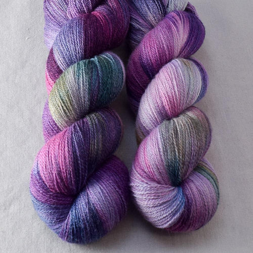 Irises - Miss Babs Yearning yarn