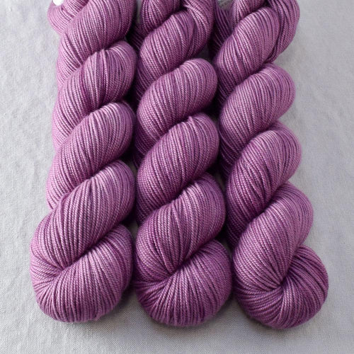 Japanese Maple - Miss Babs Kunlun yarn