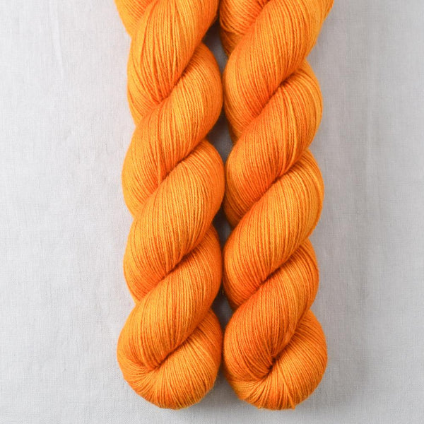 Juicy - Miss Babs Katahdin 600 yarn