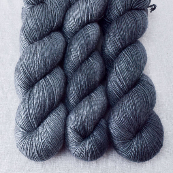 Black Magic - Miss Babs Kunlun yarn