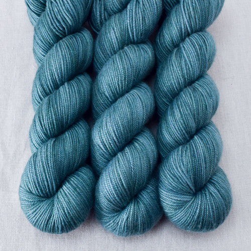 Blackwatch - Miss Babs Kunlun yarn