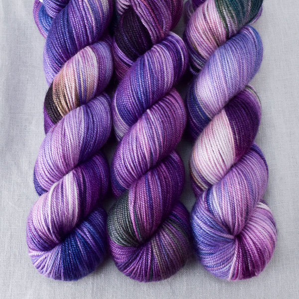 Irises - Miss Babs Kunlun yarn