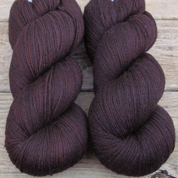 Lady of the Night - Miss Babs Killington yarn