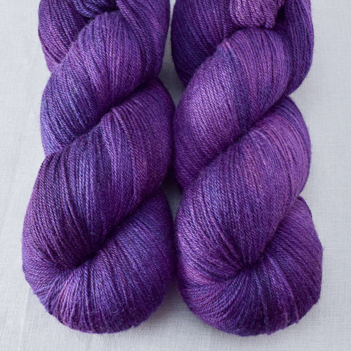 Lilacs - Miss Babs Killington yarn