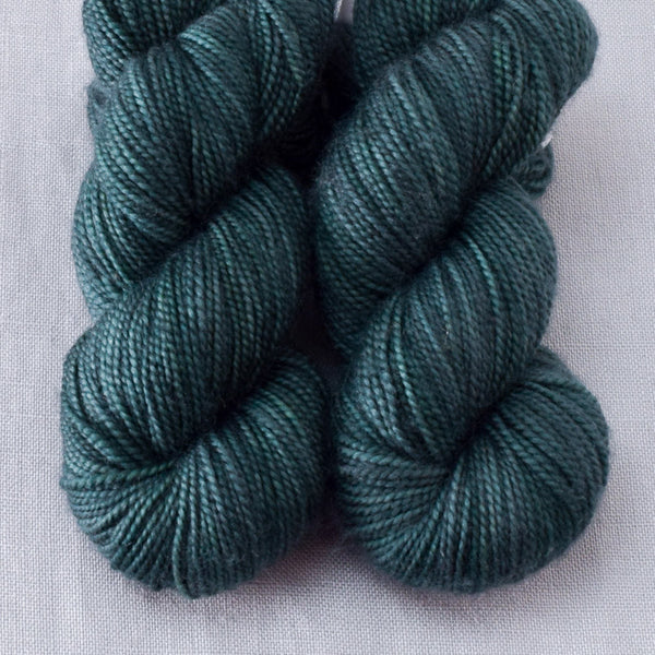 Lizard - Miss Babs 2-Ply Toes yarn