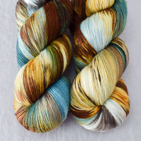 Lost Treasure - Miss Babs Killington yarn