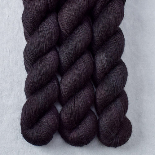 Lurch - Miss Babs Katahdin 437 yarn