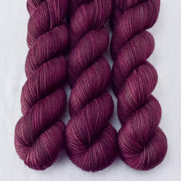 Mahogany - Miss Babs Yummy 3-Ply yarn