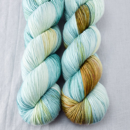 Mantis - Miss Babs Keira yarn