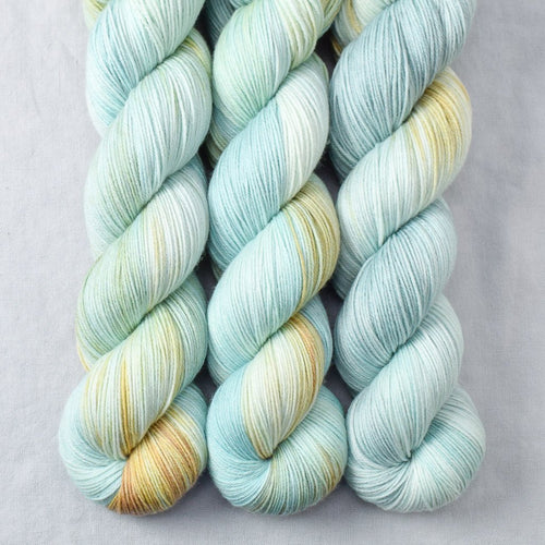Mantis - Miss Babs Tarte yarn
