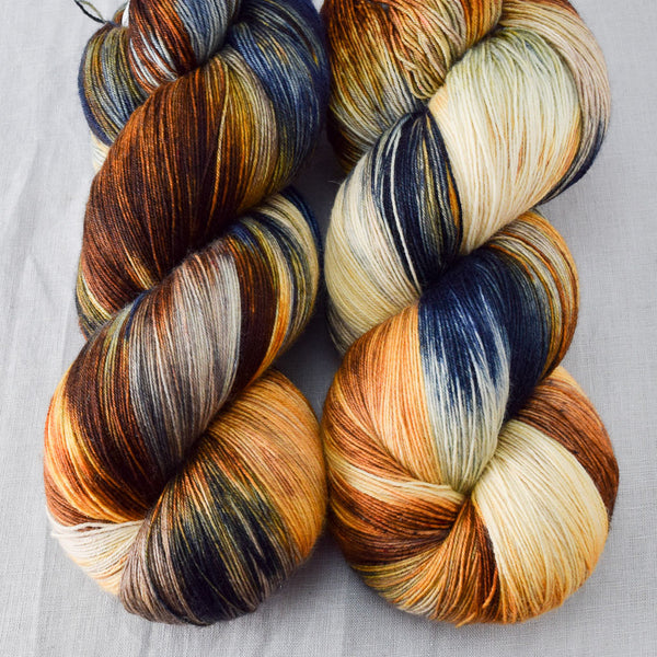 Meadow Brown - Miss Babs Katahdin yarn