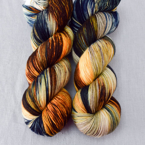 Meadow Brown - Miss Babs Keira yarn