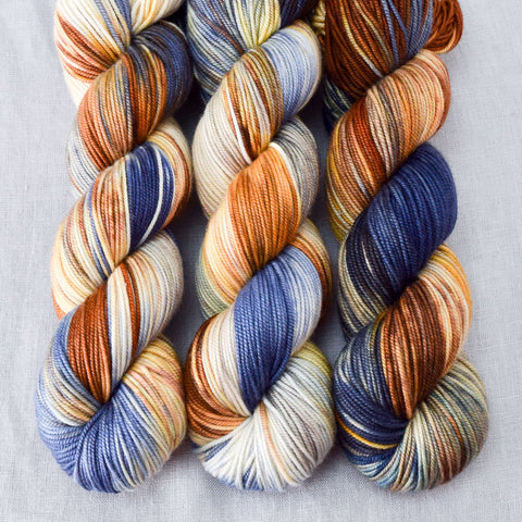 Meadow Brown - Miss Babs Kunlun yarn