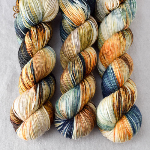 Meadow Brown - Miss Babs Tarte yarn