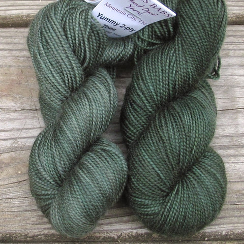 Miaplacidus - Miss Babs 2-Ply Toes yarn