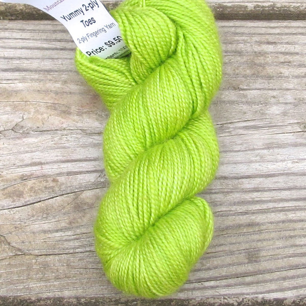 Mira - Miss Babs 2-Ply Toes yarn