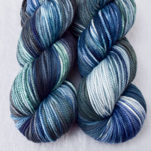 Moonlight Stroll - Miss Babs K2 yarn