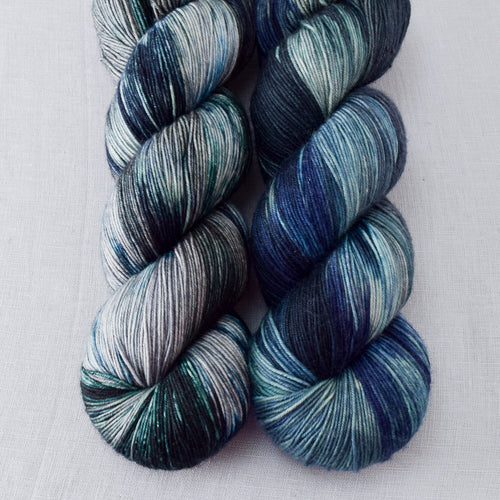 Moonlight Stroll - Miss Babs Keira yarn