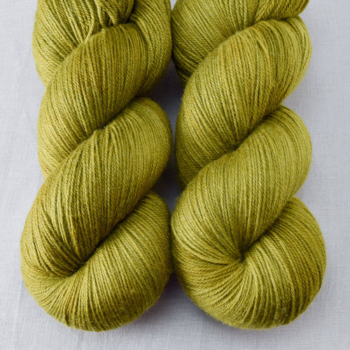 Moss - Miss Babs Killington yarn