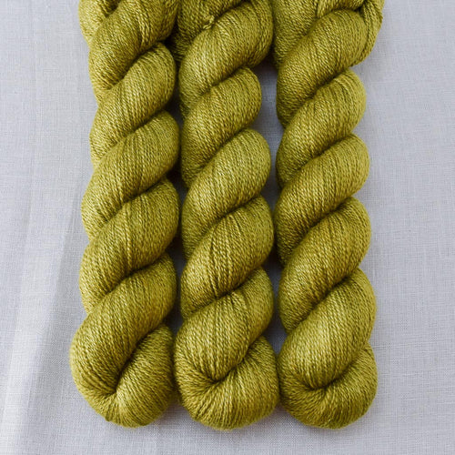 Moss - Miss Babs Yet yarn
