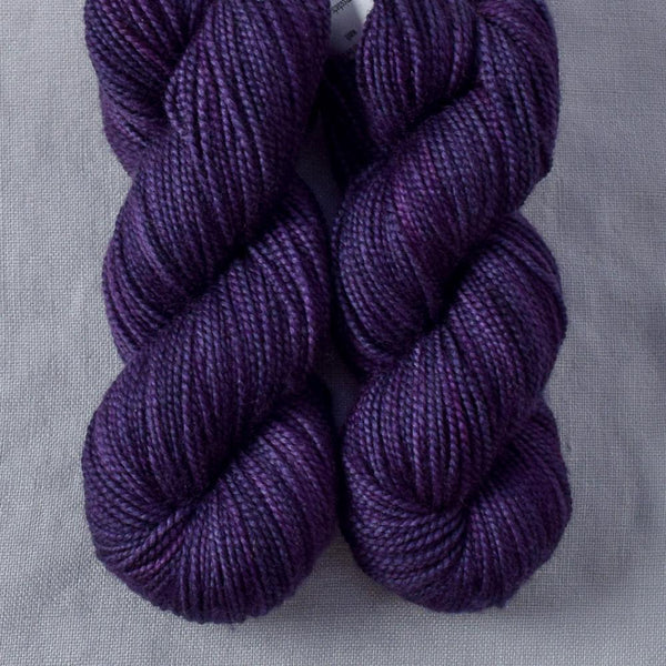 Muscadine Grapes - Miss Babs 2-Ply Toes yarn