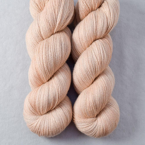 Muslin - Miss Babs Yearning yarn