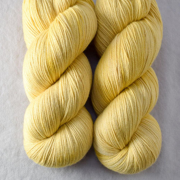 Naples - Miss Babs Killington yarn