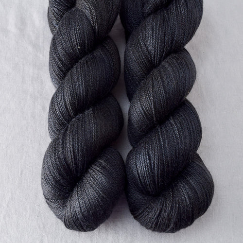 Obsidian - Miss Babs Yearning yarn