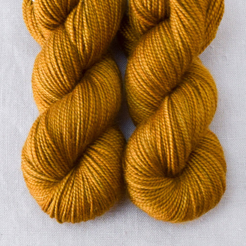 Old Gold - Miss Babs 2-Ply Toes yarn