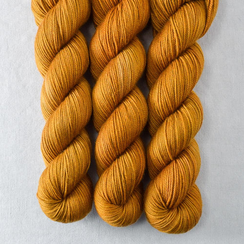 Old Gold - Yummy 3-Ply