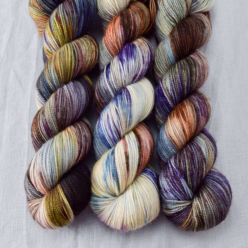 Outstanding - Miss Babs Yummy 2-Ply yarn