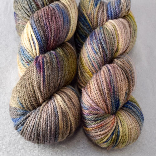 Outstanding - Miss Babs K2 yarn