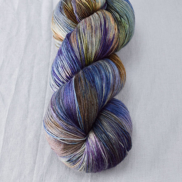Outstanding - Miss Babs Katahdin yarn
