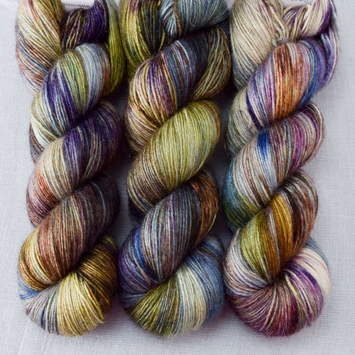 Outstanding - Miss Babs Northumbria Fingering yarn