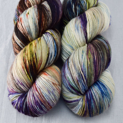 Outstanding - Miss Babs Yowza yarn