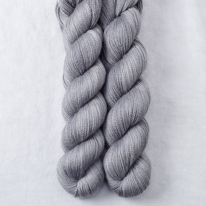 products/oxidizedsilverpartialskeins-dulcinea-2018.jpg
