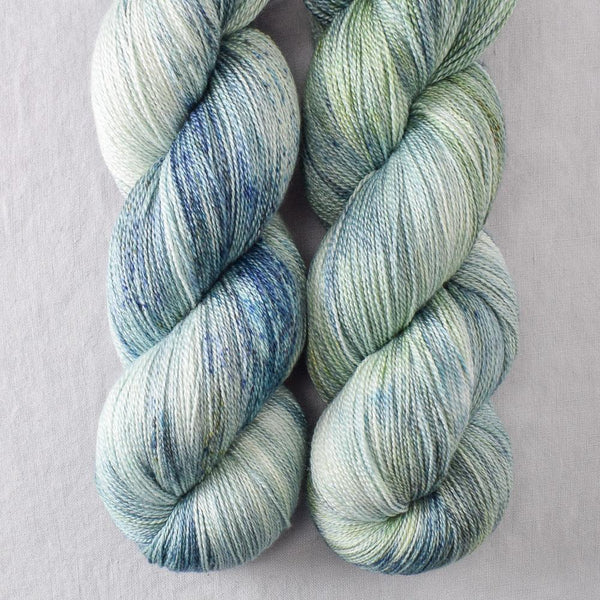 Pacifica - Miss Babs Yearning yarn