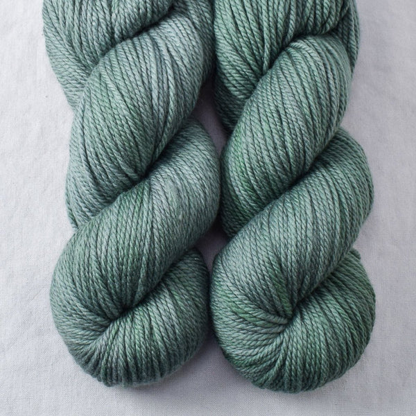 Pallon Beach - Miss Babs K2 yarn