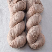 Parchment - Miss Babs Yearning yarn