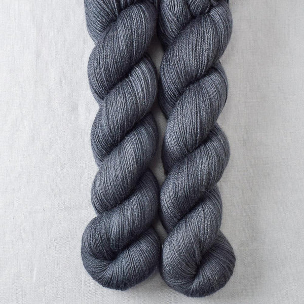 Pewter - Miss Babs Katahdin 600 yarn