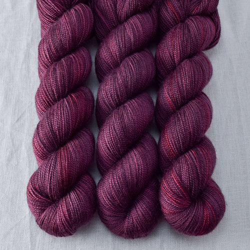Plum - Miss Babs Yummy 2-Ply yarn