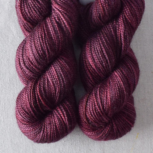 Plum - Miss Babs 2-Ply Toes yarn
