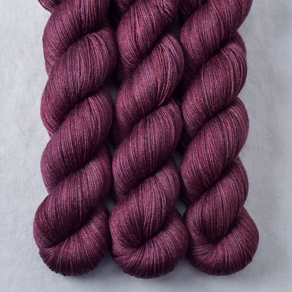 Plum - Miss Babs Tarte yarn