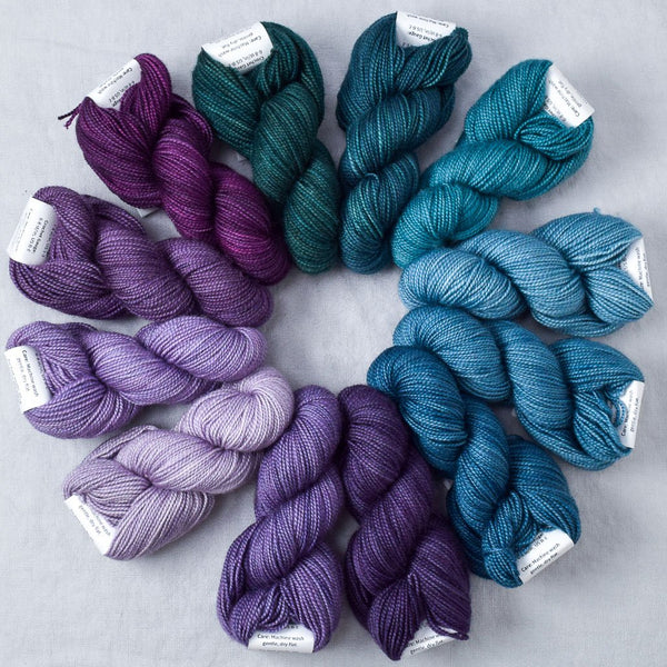 Saltwater Aquarium - Miss Babs Crown Wools Set