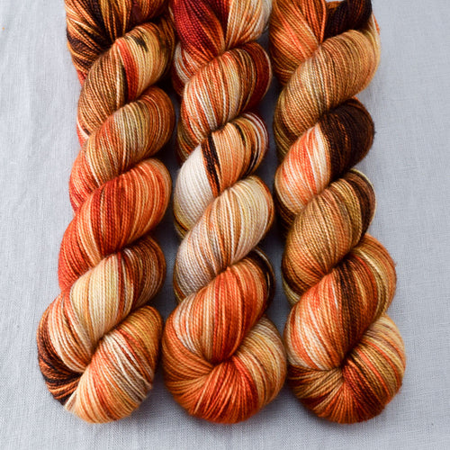 Reishi - Miss Babs Yummy 2-Ply yarn